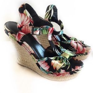 ⭐️SALE⭐️ Call It Spring Floral Wedge Sandal